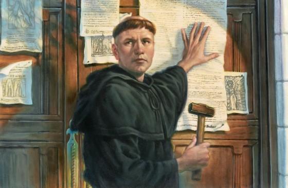 Illustration de Martin Luther accrochant ses suggestions qui vont mettre en mouvement la grande réforme de la société. (Peinture de Greg Copeland).
